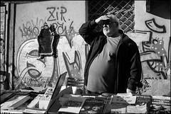 Torino 0405 (malko59) Tags: balon granbalon brocante torino turin biancoenero blackandwhite street urban libri books italia italy