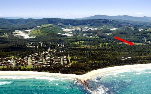 10 Broadwater Street, Sandy Beach NSW 2456