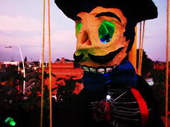 "El Catrin ""marioneta"" (Hulapea) Tags: papelmache cartoneria hulapea elcatrin diademuertos moisesolmedo"