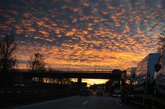 20161201 Abendrot auf A8-2 (andreas.breu1) Tags: a8 bayern abend abendhimmel autobahn