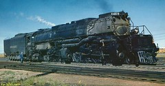 #Union Pacific Big Boy 4019 in 1958, 40m/132ft long, 6,920 horsepower and capable of hauling close to 9,000 tons of cargo. [915px  480px] #history #retro #vintage #dh #HistoryPorn http://ift.tt/2fTSDJE (Histolines) Tags: histolines history timeline retro vinatage union pacific big boy 4019 1958 40m132ft long 6 920 horsepower capable hauling close 9 000 tons cargo 915px  480px vintage dh historyporn httpifttt2ftsdje