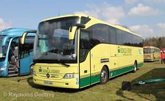 BT15 KNA Mercedes-Benz Tourismo - Kings Ferry 420 (Faversham 2009) Tags: mercedes detling tourismo 420 coach kingsferry mercedesbenz bt15kna