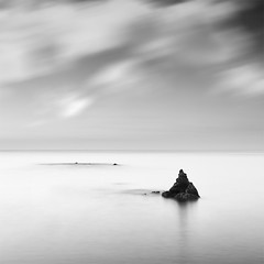 Is Time to Dream (DavidFrutos) Tags: longexposure sea bw costa seascape beach water monochrome rock clouds sunrise square landscape monocromo coast mar agua rocks dream playa paisaje bn minimal amanecer filter le lee nubes minimalism minimalismo cdiz canondslr roca rocas 1x1 filtro largaexposicin filtros nd8 neutraldensity canon1740mm graduatedneutraldensity laalcaidesa densidadneutra davidfrutos 5dmarkii niksilverefexpro hitechreversegnd06