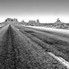 Monument Valley (Montre ce qu'il voit!) Tags: blackandwhite usa blancoynegro monument utah noiretblanc valley squareformat estadosunidos cuadrado etatsunis étatsunis olympuse510 carré oljatomonumentvalley ilobsterit julienvidal