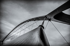 Archway of aerodynamics (80D-Ray) Tags: bridge architecture nijmegen brug deoversteek