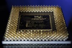 Intel Celeron 500 (MPhotos07) Tags: computer nikon technology bokeh intel 1855mm 500 cpu processor celeron d5000 250nm menducino