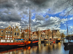 Schiedam , the Netherlands , Lange Haven (STEHOUWER AND RECIO) Tags: schiedam nederland netherlands holland dutch harbour haven nederlandse architectuur architecture buildings water ships boats clouds wolken geschiednis history historical langehaven lange reflections reflecties centre centrum south southholland zuidholland populartags tag tags popular photography photo image composition camera capture