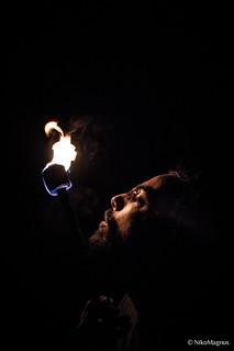 regarder droit dans les feux