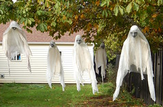 Ghosts breeze (Morganthorn) Tags: halloween haunted house spooky creepy skeleton spider ghost ghoul zombie horror