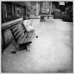 S'isoler un moment... (woltarise) Tags: lyon dor tte parc serres france