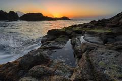 A Sunset and a Splash (martin.matte) Tags: tenerife water ocean sunset teneriffa islascanarias canaryislands spain teide elteide