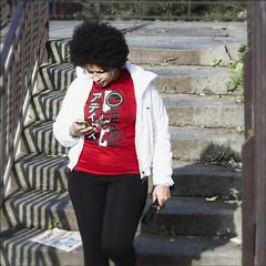 ORMAI NON SI GUARDA PIU' IL PAESAGGIO (Massimo Salvatore D'Alesio) Tags: red rosso capelli ricci