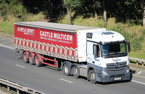 MB Actros - HANSON Cement Group
