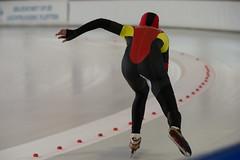 A37W0399 (rieshug 1) Tags: speedskating schaatsen eisschnelllauf skating nkjunioren knsb nkjuniorenallroundafstanden afstanden allround 50010001500massstart demeent alkmaar sportcomplexdemeent juniorenb ladies dames 3000m