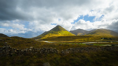 The Isle of Skye cannot be tamed (mendhak) Tags: mountains corbetts cuillins glamaig highlands isleofskye redhills scotland scree silgachan exif:lens=e1018mmf4oss camera:make=sony geocountry exif:make=sony geostate exif:model=ilce6300 geo:lon=61303722222217 exif:aperture=56 camera:model=ilce6300 geolocation geocity geo:lat=57310022222222 exif:isospeed=400 exif:focallength=11mm sel1018 sony 1018 mm f456 sony1018mmf456