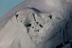 Wenn Gletscher weinen - When glacier cry : Nollengletscher am Nollen des Mnch ( Gletscher glacier ghiacciaio  gletsjer ) in den Berner Alpen - Alps ( Westalpen ) ob der Kleinen Scheidegg im Berner Oberland im Kanton Bern der Schweiz (chrchr_75) Tags: albumzzz201612dezember christoph hurni chriguhurni chrchr75 chriguhurnibluemailch dezember 2016 nollengletscher gletscher albumgletscherimkantonbern glacier ghiacciaio  gletsjer alpen alps kantonbern berner oberland schweiz suisse switzerland svizzera suissa swiss