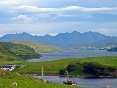 Nothing compares to the beauty of SKye ! (Phil Kinsale) Tags: skye scotland isleofskye highland isleof