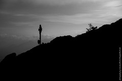 Dobratsch (ferle) Tags: bw mountains fall monochrome fog clouds dark landscape austria blackwhite sterreich nebel hiking herbst krnten carinthia berge mystic dunkel mystisch maountain dobratsch ferlitschnet