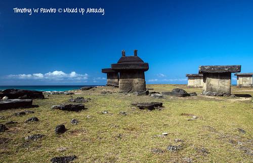 Indonesia - Sumba - Kodi - Ratenggaro - Tomb area