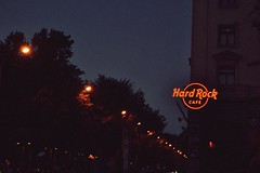Hard Rock Cafe Madrid (themelonknight) Tags: madrid street streets rock lights cafe hard