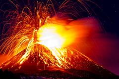 Eruzione del 11/11/13 - La terra trema (Leonardo Giuffrida) Tags: lava etna eruzione 111113