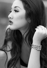 Gaby in BW (Irwin Day) Tags: portrait bw white black canon indonesia asian model gaby 85mm jakarta