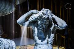 """"""" L'acqua che tocchi de' fiumi  l'ultima di quelle che and e la prima di quella che viene. Cos il tempo presente."""" - Leonardo da Vinci (Peppis) Tags: nikon sicily fontana catania sicilia fotonotturne peppis fuentesfountains nikond7000 nikonclubit"""