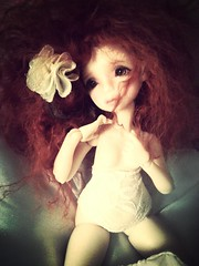 "My precious "" Puppe Meike "" (Les crations du papillon) Tags: dolls shot handmade makeup wig mohair bjd dod couture custo puppe artiste poupes yosd normalskin dustofdolls flickrandroidapp:filter=mammoth picturesofdolls"