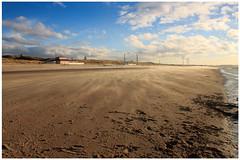 Dutch coast: Wijk aan Zee (H. Bos) Tags: sea sun beach water strand village zee zon dorp noordholland beverwijk wijkaanzee cultureldorp1999 culturevillage1999