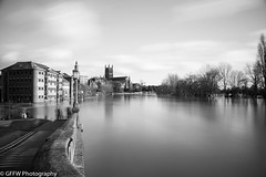 Flooded Worcester (GFFW PHOTOGRAPHY) Tags: blackandwhite water river flooding cathedral flood smooth severn worcestershire floods worcester 2014