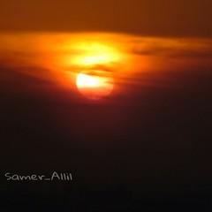 Sam photographer (سامر اللسل) Tags: me rose follow jeddah followme البحرين منصوري عمان تصويري جدة الباحه مصور الطائف فوتوغرافي الجنوب {vision}:{sunset}=0989 {flickrandroidapp}:{filter}=none {vision}:{outdoor}=0888 {vision}:{ocean}=0759 {vision}:{clouds}=0967 {vision}:{sky}=0973