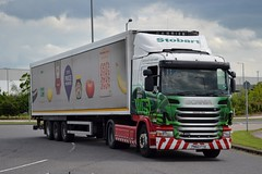 Stobart L7442 PN60 FYA Patricia Ann at Goole 11/6/14 (CraigPatrick24) Tags: road truck fridge cab transport group tesco lorry ann delivery vehicle eddie trailer patricia scania logistics goole g400 stobart pn60fya l7442