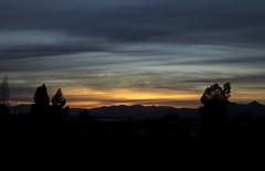 IMG_3236 (cokecavieres) Tags: sunset cielo nubes landscape primavera spring sol puesta mountains montaas lago contraste contraluz