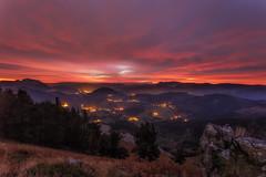 Primeras luces sobre el valle de Aramaiona (Alfredo.Ruiz) Tags: canon eos6d samyang 14mm amanecer alava aramaiona puerto kurutzeta orixol