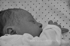 Iraia (Oly_ [Sin tiempo]) Tags: beb newborn recinnacida baby retrato portrait bn bw olyfotografa oly iraia