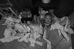 186/365 (J. Lee Syn) Tags: griswolds365 365 threesixtyfive jleesyn childhoodunplugged clickinmoms realmomtogs momtog letthekids letthembelittle vsco dearphotographer stillaboy siblinghoodlove halloween