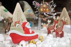 Christmas Itch Gallery Oakham Rutland Mill Street (@oakhamuk) Tags: oakhaminbloom oakham christmas shop window competition rutland