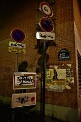Mon Coin de Rue (Smoke-Head Photography) Tags: paris france nuit night light lumiere rue street photographie photography pancarte graff tag wall urban urbain signalisation