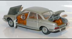 NSU RO 80 (2081) MEBETOYS L1120710 (baffalie) Tags: auto voiture car coche miniature diecast toys jeux jouet