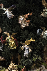 Tree III (Joe Josephs: 2,861,655 views - thank you) Tags: art arthistory artmuseums joejosephsphotography met metropolitanmuseumofart nyc newyorkcity travel travelphotography culture christmas christmastree jesuschrist jesus holidays decorations christmastreedecorations
