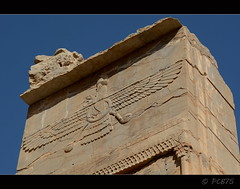 Faravahar (PCB75) Tags: viatge iran 2016 perspolis shiraz fars arqueologia  laciutatpersa  tajteyamshid aquemnida pulwar kur kyrus dariusi alexandremagne