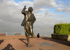 Bring me Sunshine. (Eddie Crutchley) Tags: europe england lancashire morecambe ericmorecambe statue art outdoor sunlight simplysuperb