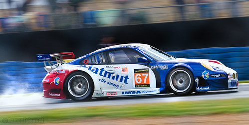 #67 IMSA Performance Matmut Porsche 911 (997) GT3 RSR