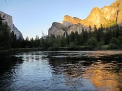Merced River /Yosemite (kenjet) Tags: park sunset summer mountain reflection water river evening woods sundown yosemite yosemitenationalpark settingsun mercedriver
