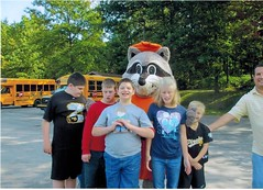 Flat Stanley Idlewild Mascot (Clelian Heights) Tags: flatstanley 60clelianheights