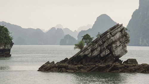 Ha Long Bay - Slant 2