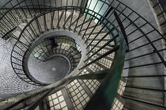 (boingyman.) Tags: stairs streetphotography boingyman