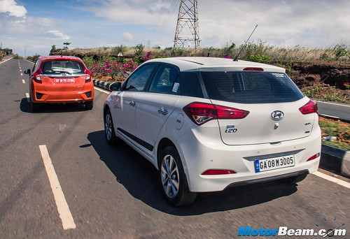 2015-Honda-Jazz-vs-Hyundai-Elite-i20-03