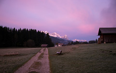 Bergblick (Chris Buhr) Tags: berge mountains landschaft morgen morning sunrise morgenrot alpen alps bank weg sonnenaufgang leia chris buhr