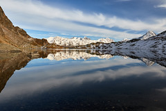 First touch of winter (Photo_Flow) Tags: switzerland schweiz engadin landscape landschaft mirror bergsee mountainlake lghdallunghin autumn snow alps alpen bernina 7dii sigma1835